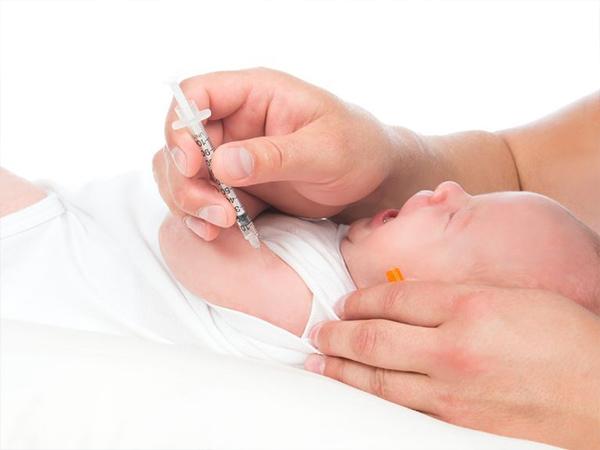 Bạn có nên cho con tiêm vắc-xin viêm gan B không?