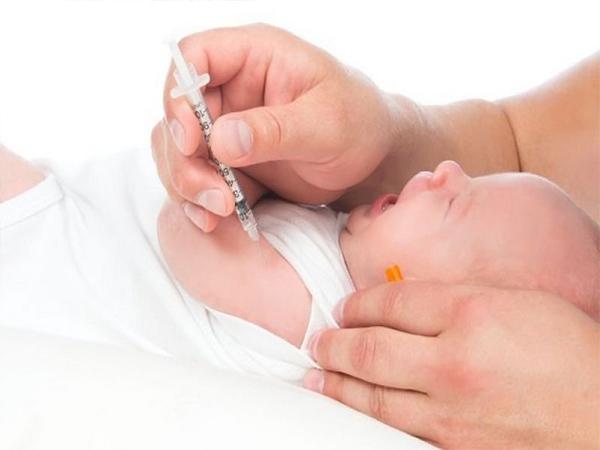 Các tác dụng phụ của tiêm vắc-xin viêm gan B là gì?
