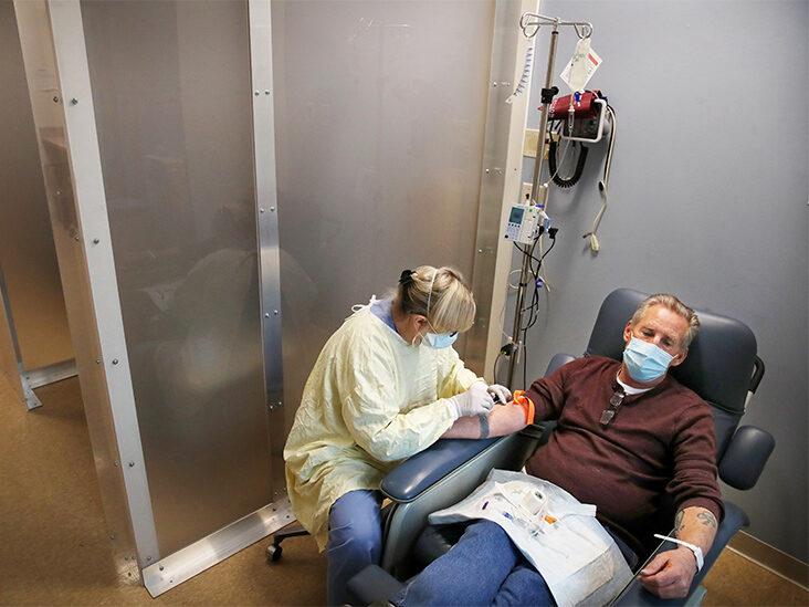 Các chuyên gia lưu ý rằng phương pháp này không thay thế được cho việc tiêm vắc-xin.