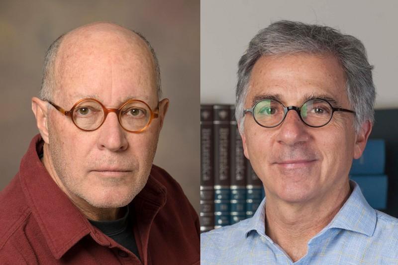 Paul Krieg (trái) và Douglas Melton (phải), những người đã nghiên cứu cách tổng hợp m RNA trong phòng thí nghiệm. Nguồn: Đại học Arizona; Kevin Wolf