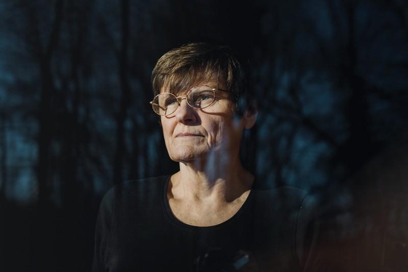 Katalin Karikó giúp cho thấy rằng những thay đổi hóa học ở RNA có thể giúp phân tử này vượt qua hệ thống phòng thủ của hệ miễn dịch. Nguồn: Hannah Yoon/Bloomberg/Getty