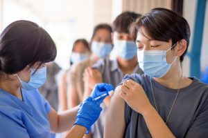 Ngày 07/10, Vaccine sốt rét đầu tiên được WHO phê duyệt